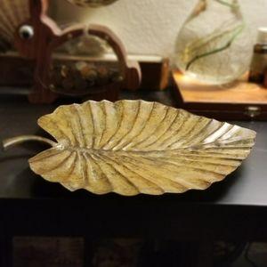 Brass leaf wall art / table decor